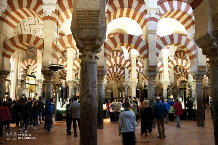 Mezquita llena